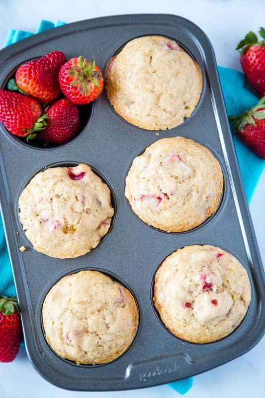 Strawberry muffin recipe to make with fresh berries