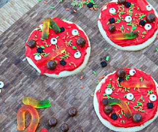 Creepy Cookie Pizza's