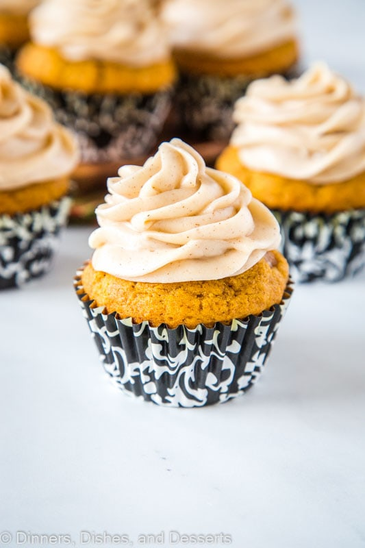 Light and fluffy pumpkin spice cupcakes with cream cheese frosting