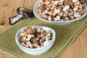 Milky Way Popcorn with green placemat