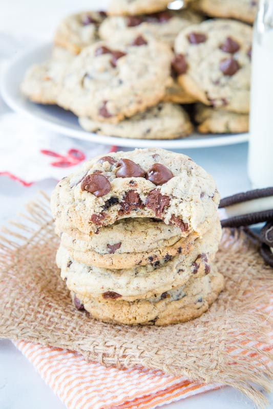 Super soft pudding cookies made with oreo pudding mix