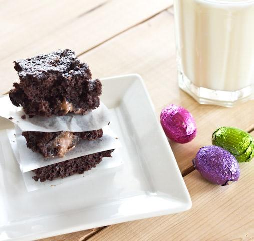 diet coke butterscotch brownies on a plate