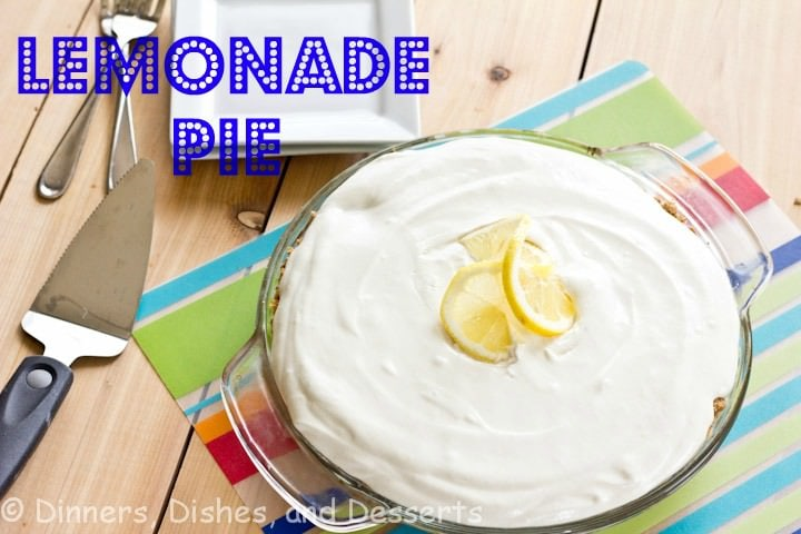 Lemonade Pie - A cool and creamy lemonade pie with graham cracker crust. Only 4 ingredients and 5 minutes to make!