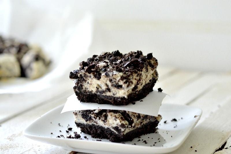 light cookies n cream cheesecake squares