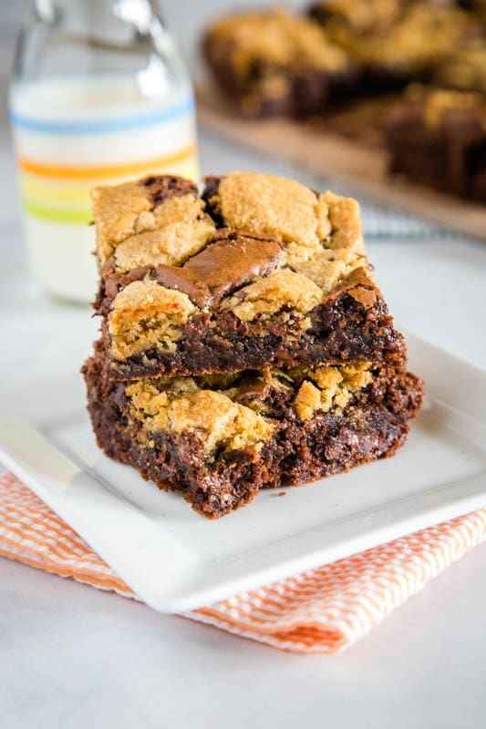 Brownie Cookie Bars are a great mash up of 2 favorite desserts!