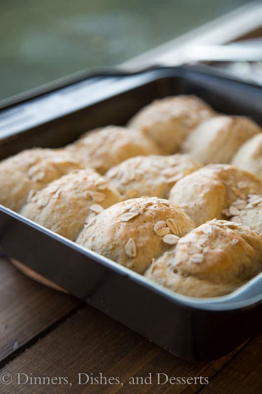 Buttermilk-Oat Rolls