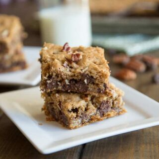 oatmeal chocolate chip bars on a napkin