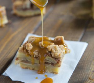 Caramel Apple Pie Bars square-1
