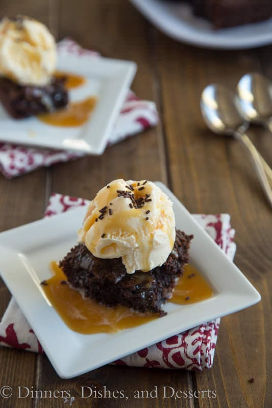 Chocolate Brownie Sundaes - make dinner last a little longer, with these brownies for dessert!