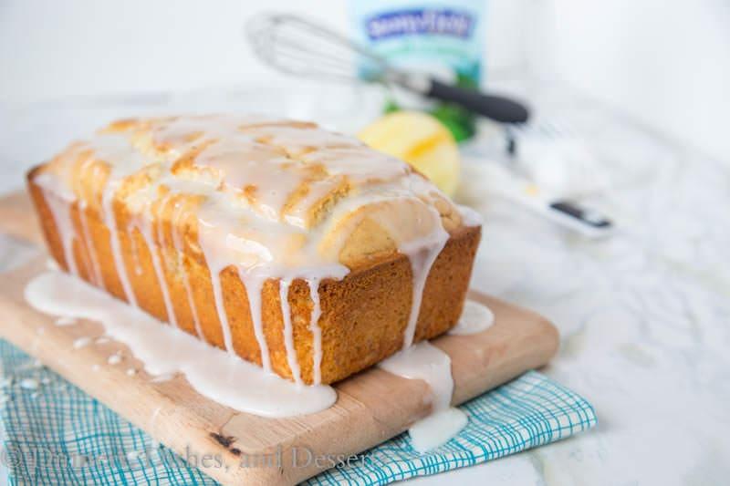 Cake And Loaf Recipes: Iced Almond-Lemon Loaf Cake