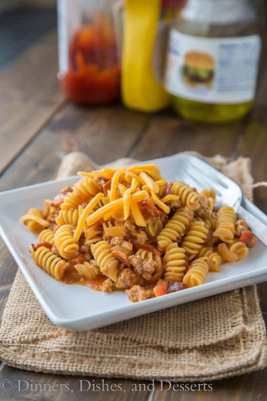 This bacon cheeseburger pasta skillet will make your mouth water as it simmers on the stove. Good thing it only takes twenty minutes to get on the table!