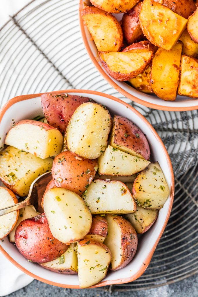 Slow Cooker Garlic Ranch Potatoes {The Cookie Rookie}
