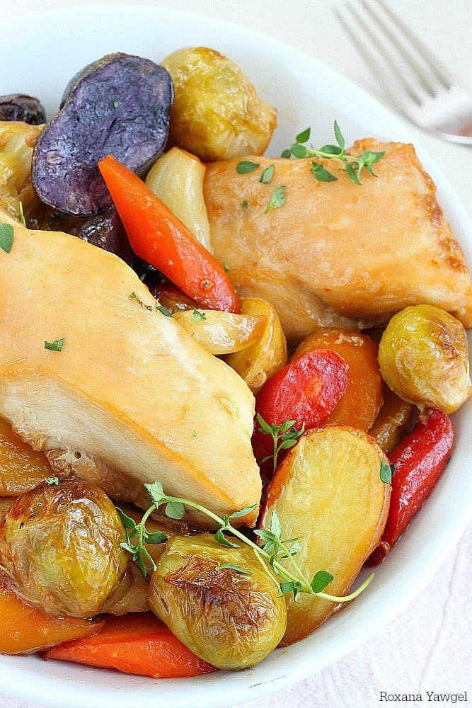 One Pan Chicken and Vegetables {Roxana's Home Baking}