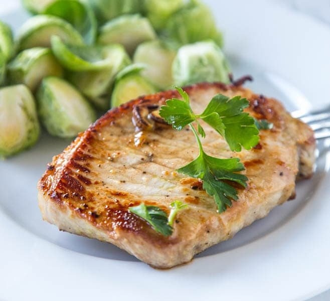 Lemon Garlic Pork Chops - Dinners, Dishes, and Desserts