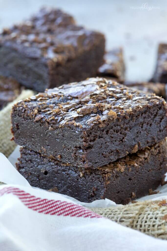Fudgy One Bowl Brownies {Yellow Bliss Road}