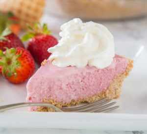 Strawberry Milkshake Pie 3 square