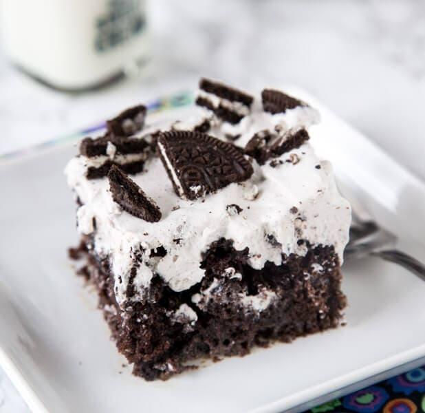 How to Make Oreo Dirt Pudding