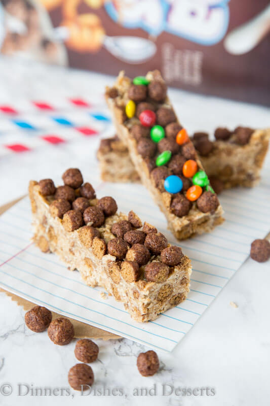 Cocoa Puffs Cereal Bars - a great no bake bar that you can make in minutes. Grab for an on the go breakfast, pack in your lunch, or for a quick snack.