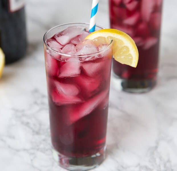 Easy Red Wine Spritzer Recipe Dinners Dishes And Desserts