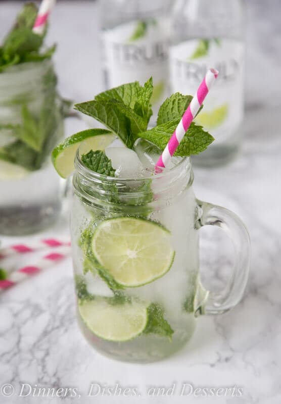 Skinny Mojitos - enjoy all the flavors of a classic mint mojito, in an easy and just a little bit healthier version. With just a couple ingredients you can whip them up in a minute!