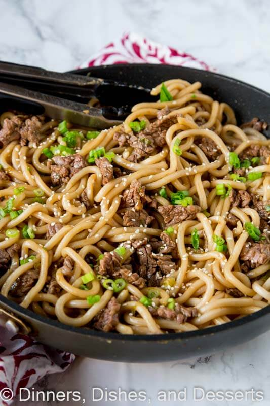 Garlic beef noodle bowls dinners dishes and desserts garlic beef noodle bowls an asian style noodle bowl with lots of garlic that forumfinder