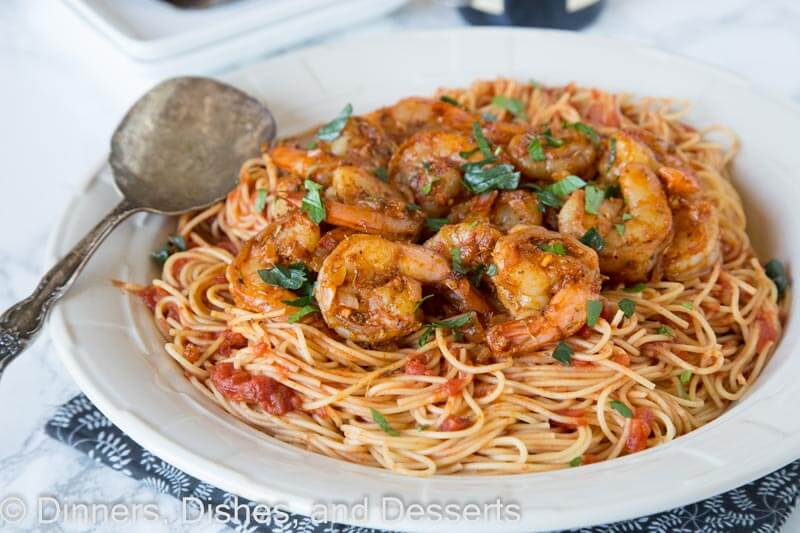 Blackened Shrimp Pasta - a quick and easy shrimp pasta dinner with homemade blackened seasoning for tons of great flavor!