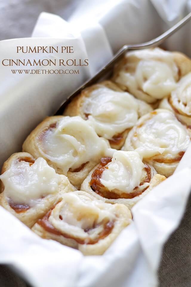 Pumpkin Pie Cinnamon Rolls {Diethood}