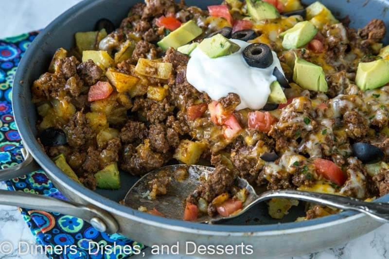 Mexican skillet potatoes dinners dishes and desserts mexican skillet potatoes a quick and easy one pan mexican recipe crispy potatoes forumfinder