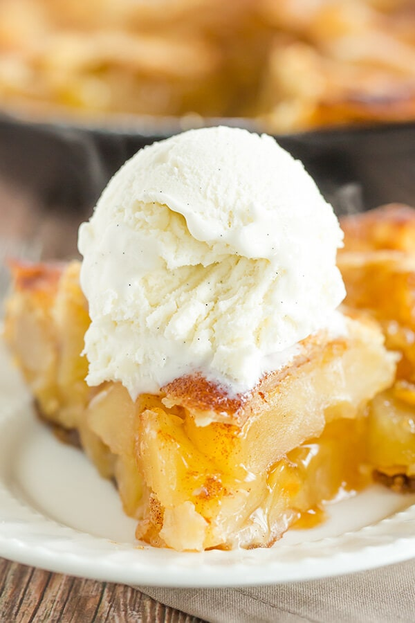 Skillet Apple Pie {Brown Eyed Baker}