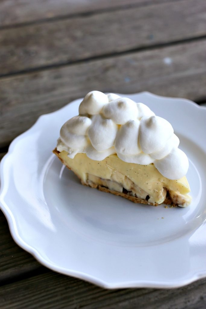 Homemade Banana Cream Pie {Foodie with Family}
