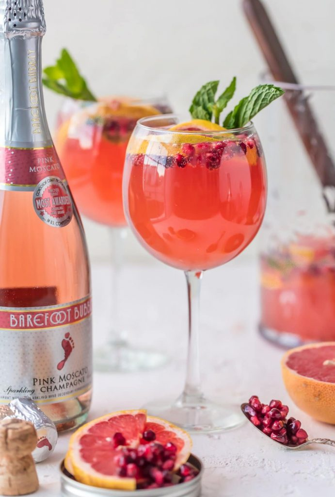 Champagne Sangria {The Cookie Rookie}