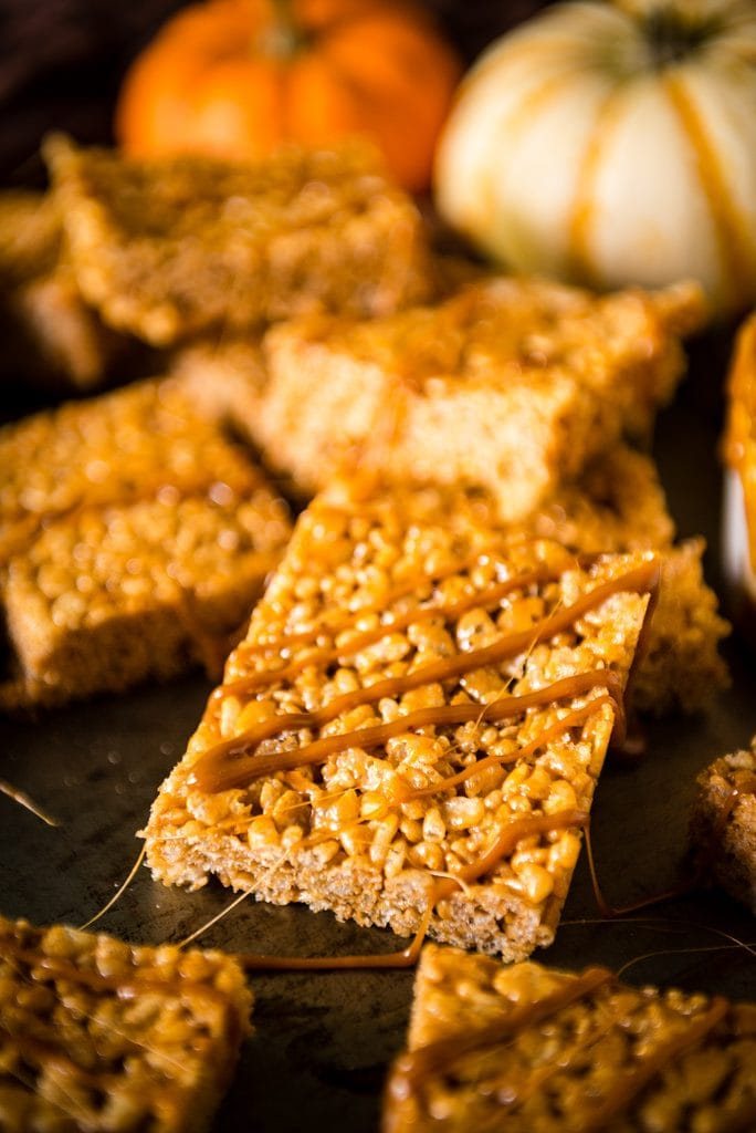 15 Minutes Pumpkin Spice Krispie Treats {Pass the Sushi}