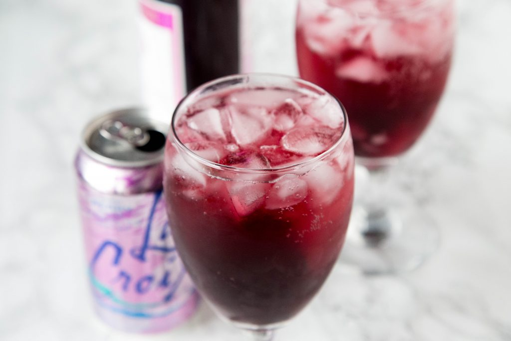 red wine spritzer with la croix