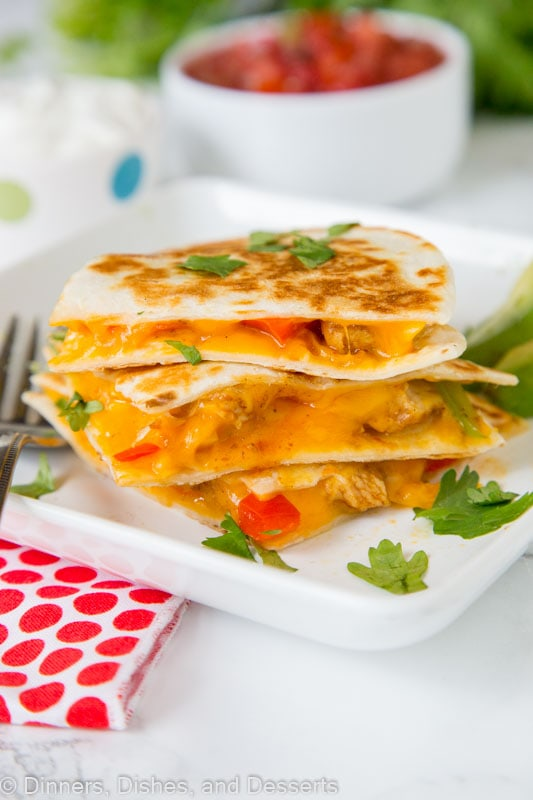 Fajita Chicken Quesadilla - Chicken fajitas are a classic Mexican food, turn them into an easy dinner with these chicken quesadillas!