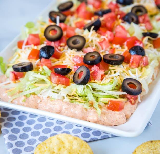 A tray of taco dip
