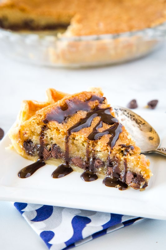 A pie that tastes like a gooey chocolate chip cookie