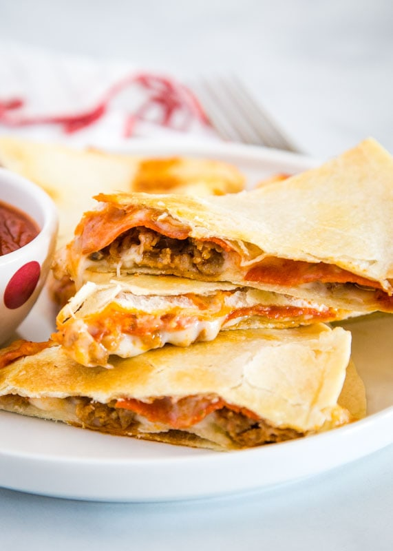 Get a fun and easy dinner on the table with this pizzadilla. Fill with whatever your favorite pizza toppings are!