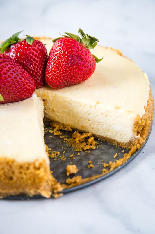 Cheesecake Instant Pot tastes just like the traditional!