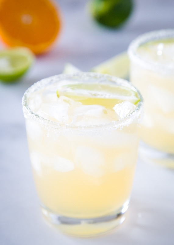 Skinny margarita recipe for an easy and refreshing drink