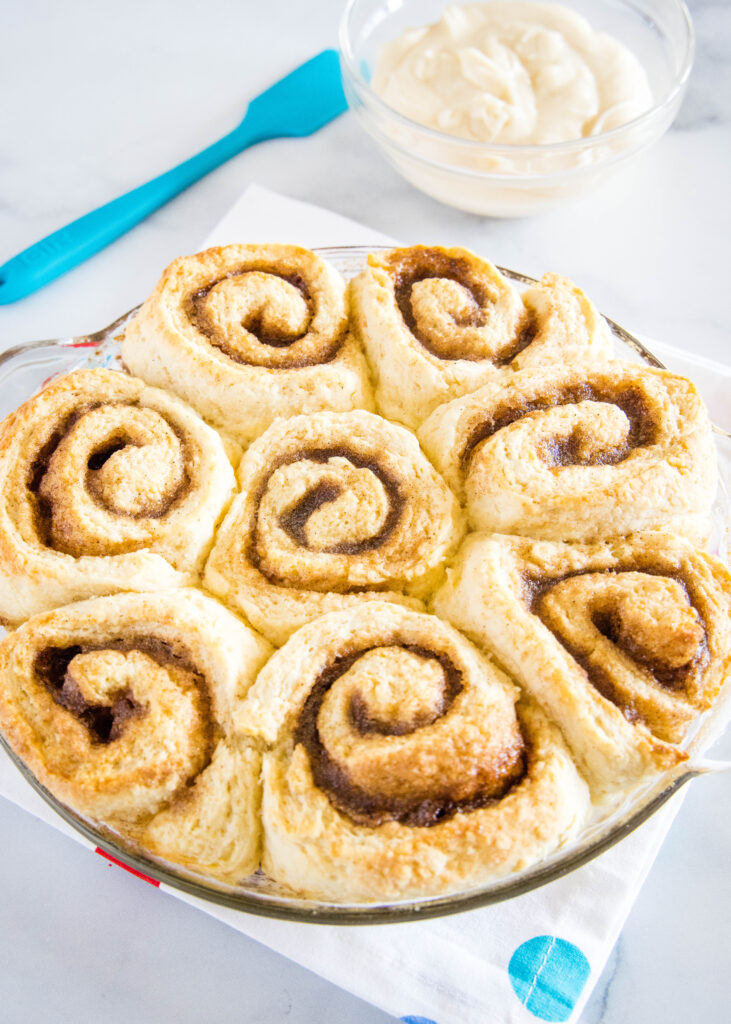 no yeast cinnamon rolls baked and ready for frosting