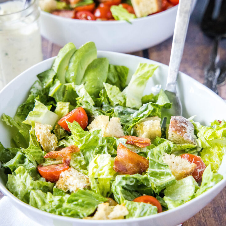 close up salat in a bowl